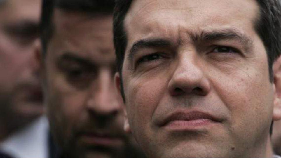 """Τσίπρας: «Αν βγει """"ναι"""" θα το σεβαστώ, αλλά δεν είμαι πρωθυπουργός παντός καιρού»"""