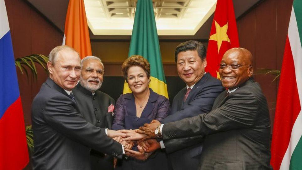 Πούτιν: Οι BRICS θα χρηματοδοτούν προγράμματα από την επόμενη χρονιά