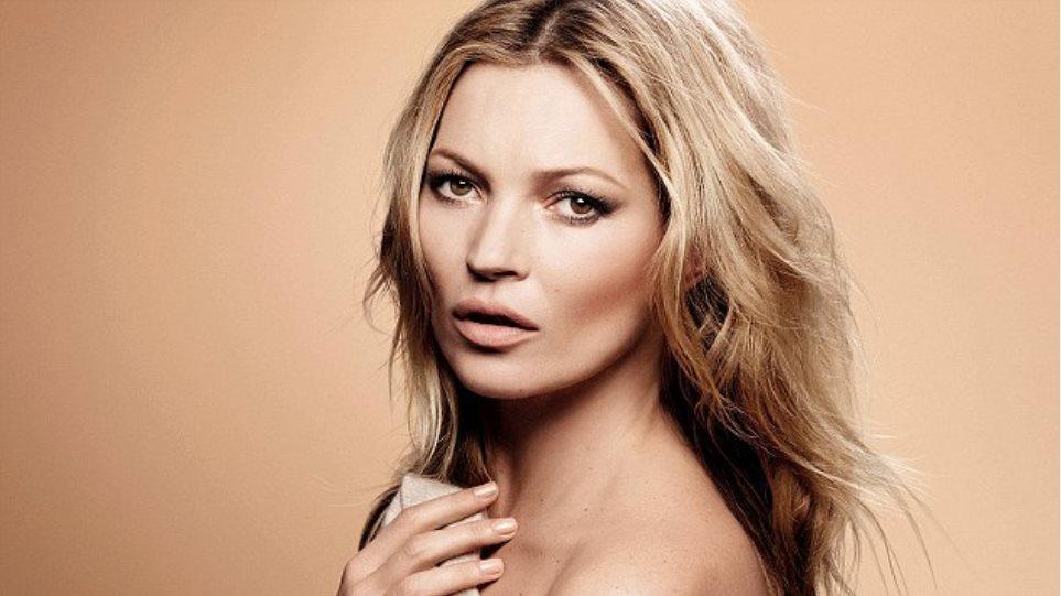 Κέιτ Μος: Πιο όμορφη από ποτέ στη νέα της φωτογράφιση
