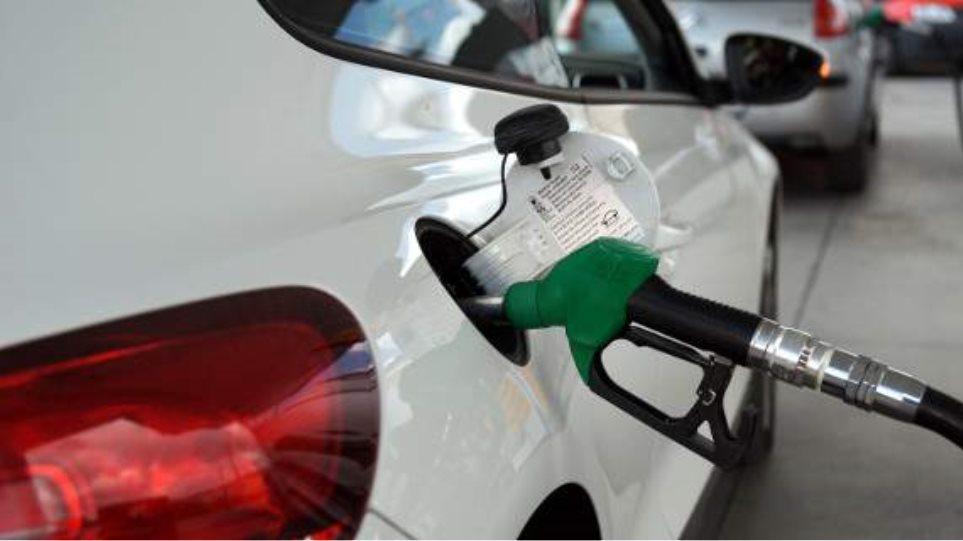 Ικανοποιημένοι οι βενζινοπώλες για τη μείωση του ειδικού φόρου κατανάλωσης στο πετρέλαιο θέρμανσης