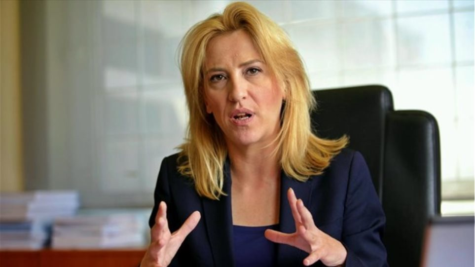 Δούρου σε Spiegel: Δεν μπορεί να είναι εντός Ε.Ε. η Βουλγαρία και να συζητάται έξοδος της Ελλάδας από το ευρώ