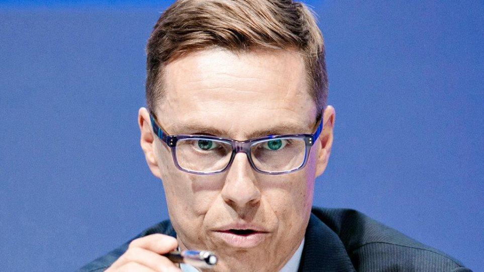 Επιμένουν στην άρνηση οι Φινλανδοί υπό το φόβο πτώσης της κυβέρνησης