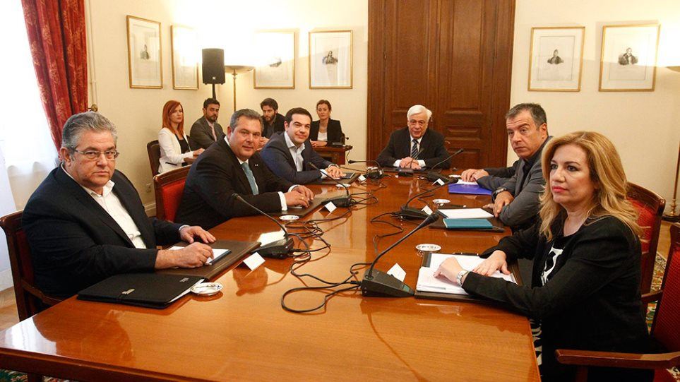 Αποφασισμένος για κυβέρνηση ειδικού σκοπού ο Τσίπρας