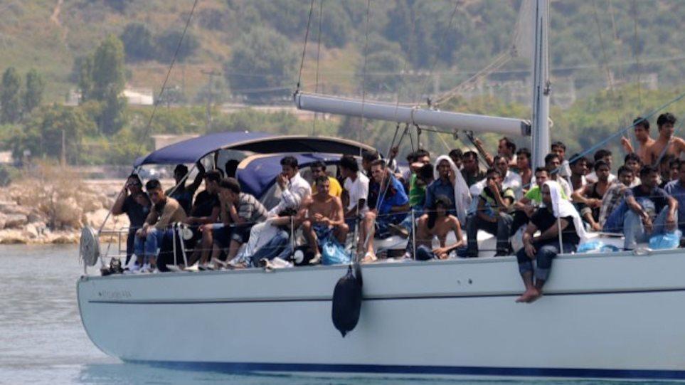 Αρνούνται να αποβιβαστούν από το «Island Princess» οι 117 παράτυποι μετανάστες