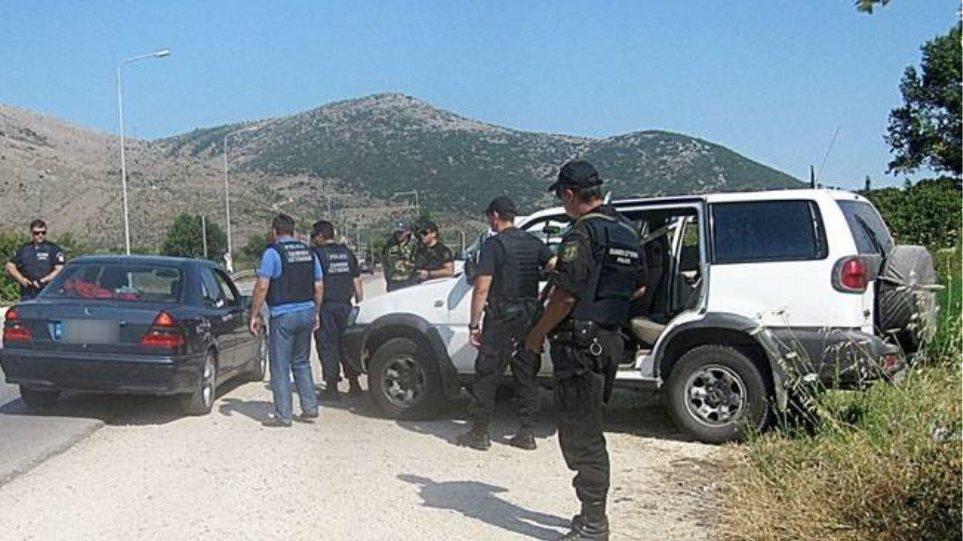 Επιχείρηση-«σκούπα» της Αστυνομίας στη Θεσσαλία