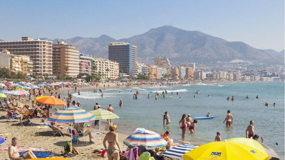 Μείωση των late bookings των Βρετανών στην Ελλάδα λόγω κρίσης