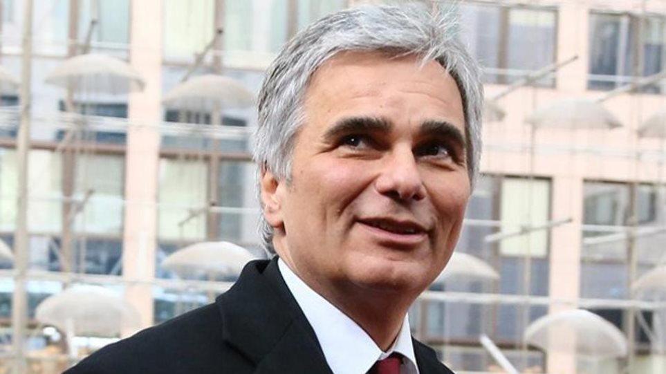 Φάιμαν: Σφοδρή κριτική κατά της Γερμανίας για την προσπάθεια ταπείνωσης της Ελλάδας