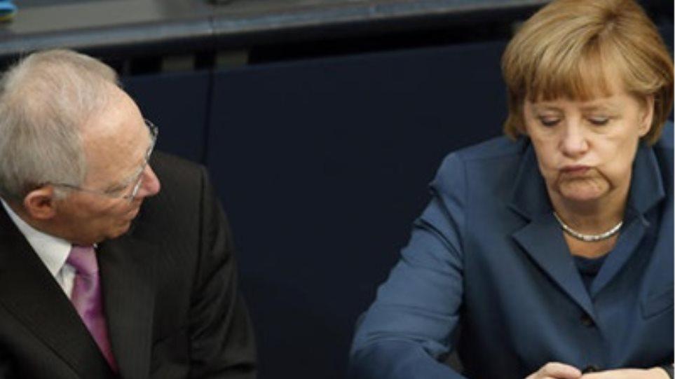 Bild: «Αγαπητή κα Μέρκελ, κουρέψτε το ελληνικό χρέος αντί να δώσετε τρίτο πακέτο βοήθειας»