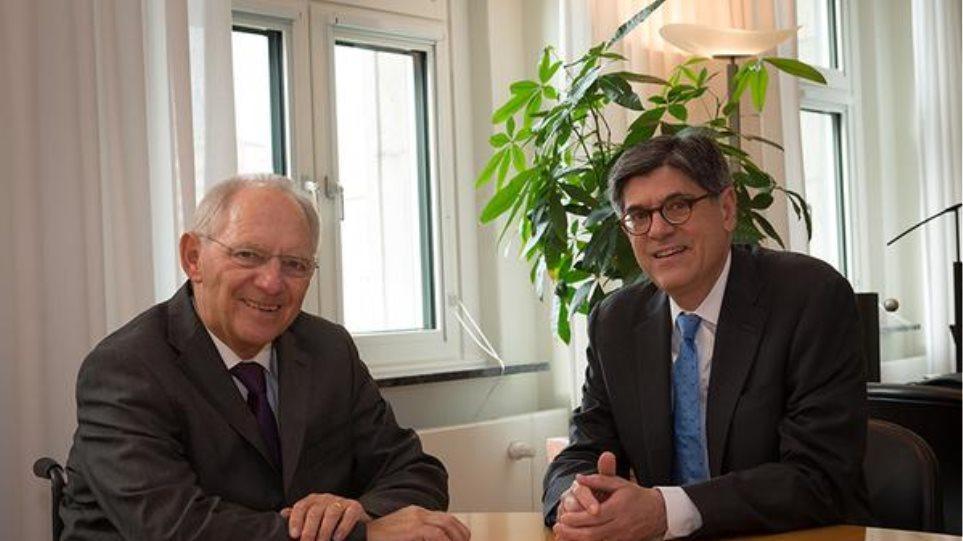 Γερμανία: Συνάντηση Σόιμπλε-Λιου για το ελληνικό ζήτημα
