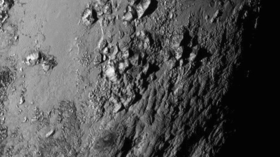 Αυτή είναι η πρώτη φωτογραφία υψηλής ευκρίνειας του Πλούτωνα