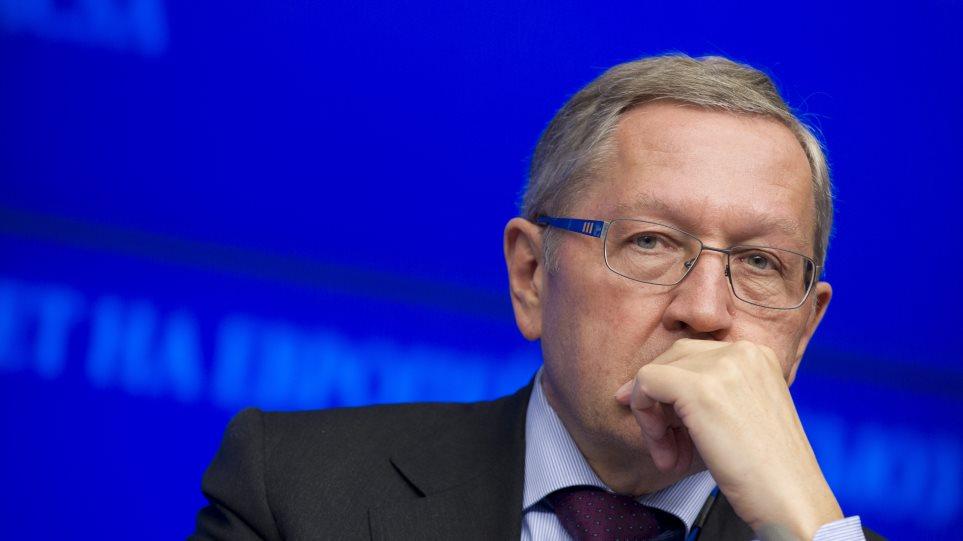 Ρέγκλινγκ: Κατάρρευση ελληνικών τραπεζών χωρίς τρίτο πρόγραμμα στήριξης