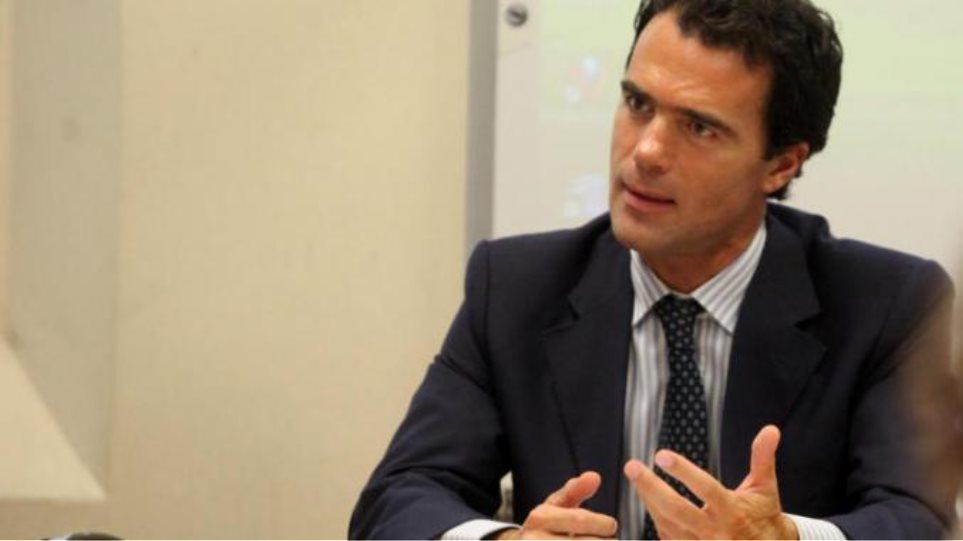 Ιταλός αξιωματούχος: «Αν δεν ήταν ο Ρέντσι και ο Ολάντ, σήμερα η Ελλάδα θα ήταν εκτός ευρώ»