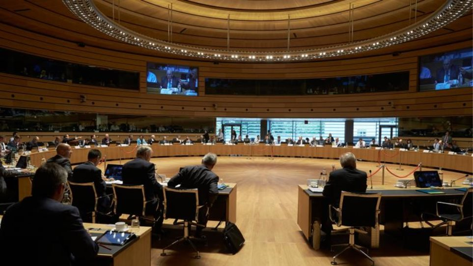 Συνεδριάζει το Ecofin - «Μάχη» μέτρο-μέτρο για να έρθουν τα λεφτά