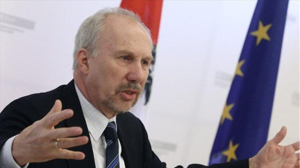 Νοβότνι: Δεν είναι οριστικό το άνοιγμα των τραπεζών τη Δευτέρα