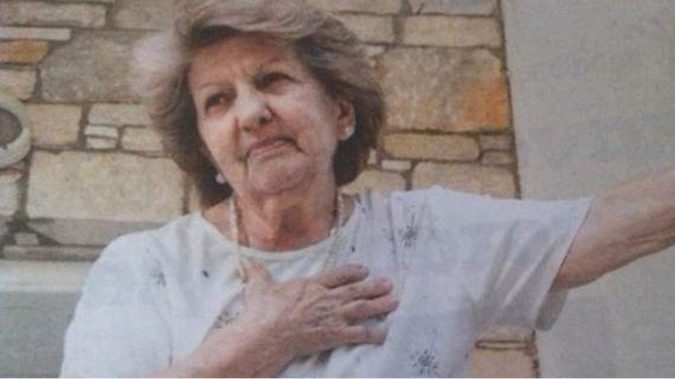 «Στενοχωριέμαι που ο Αλέξης πιέζεται τόσο» λέει η μητέρα του Τσίπρα