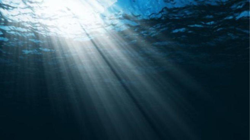 Δύο ηλικιωμένες έχασαν τη ζωή τους στη θάλασσα