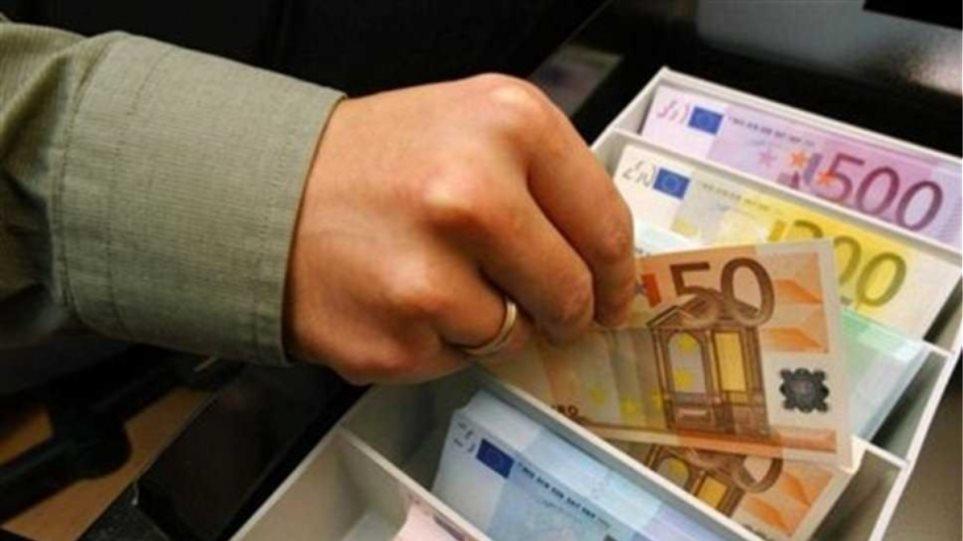 Ρουμάνοι άδειαζαν τα ταμεία επιχειρήσεων στη Βοιωτία