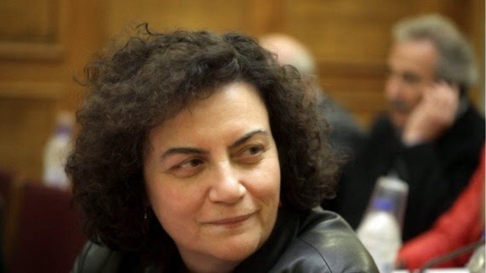 Βαλαβάνη: Δεν παραδίδω την βουλευτική έδρα