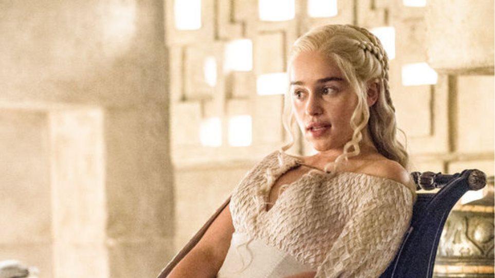 H Daenerys του Game of Thrones αποκαλύπτει: «Σοκαριστικός, τρελός, επικός» ο έκτος κύκλος
