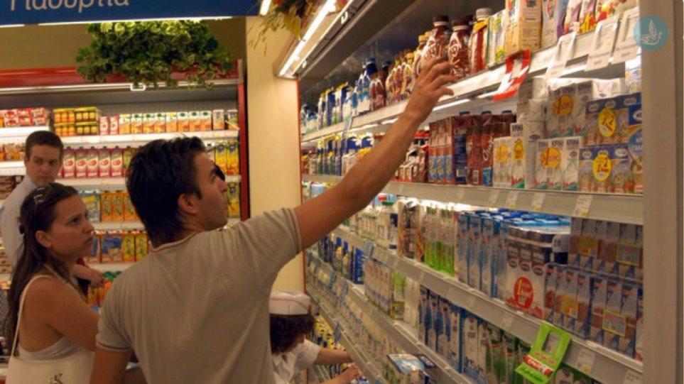 Τι λένε οι πολίτες για τα παράλογα με τον ΦΠΑ στα τρόφιμα