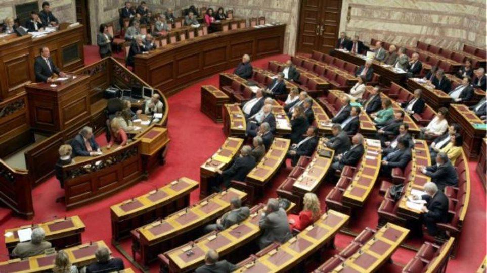 Iskra: Κοινοβουλευτικές πονηριές ενόψει της ψηφοφορίας της Τετάρτης