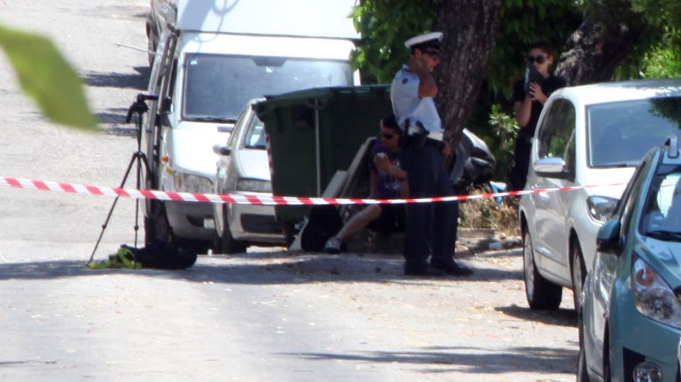 Έρευνες και στην Κρήτη για τον καθηγητή με το οπλοστάσιο