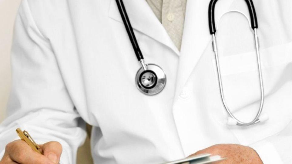 Γιατροί: Ζητούν να εξαιρεθούν οι παροχές στις ιδιωτικές κλινικές από τον νέο ΦΠΑ