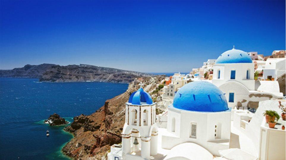 Πόλος έλξης η Ελλάδα για τους τουρίστες και τον Σεπτέμβριο