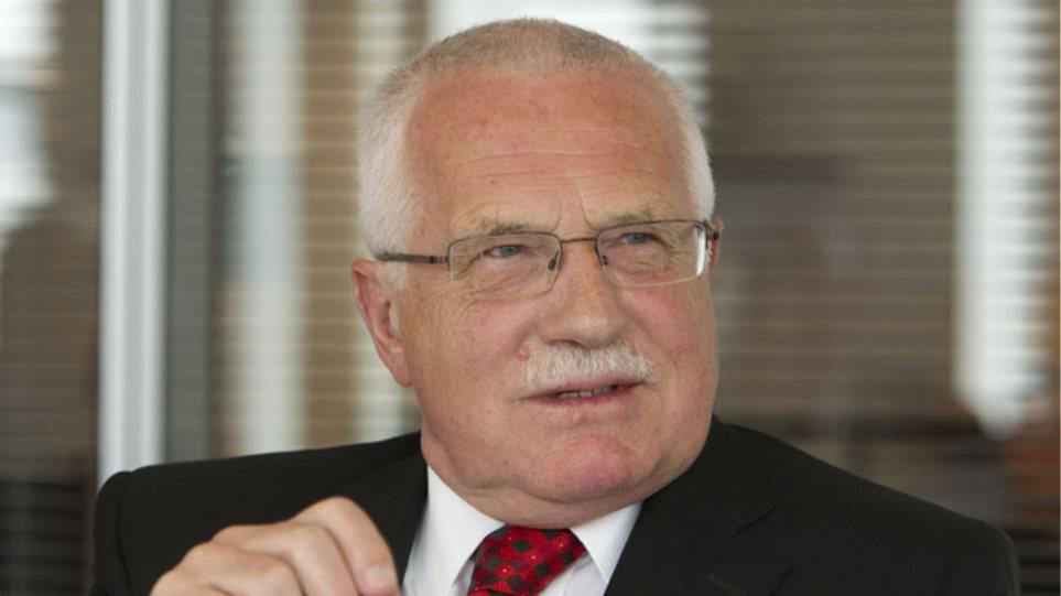 «Η μετανάστευση δεν είναι δικαίωμα του ανθρώπου», λέει ο Τσέχος πρώην πρόεδρος Κλάους