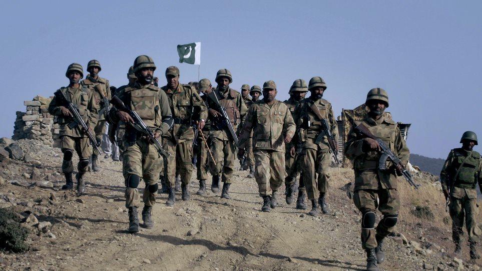 Πακιστάν: Επίθεση αυτοκτονίας με τρεις νεκρούς και δεκάδες τραυματίες