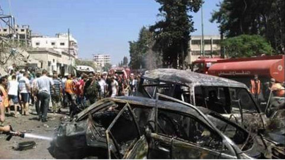 Τουλάχιστον δέκα νεκροί από επίθεση με παγιδευμένο αυτοκίνητο στη Συρία