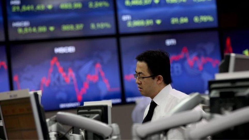 Πτώση στις ασιατικές αγορές, με εξαίρεση την Κίνα