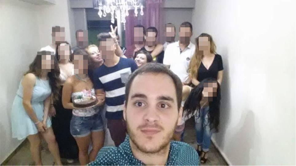 Τραγωδία στην Πάτρα: Συγκλονίζει η selfie λίγο πριν τη βουτιά-θανάτου