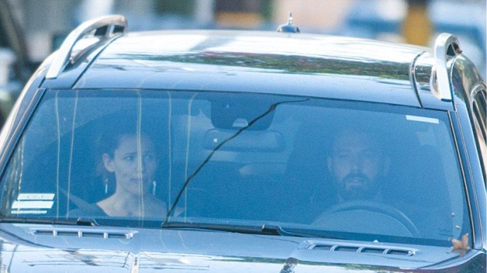 Ταραγμένη η Jennifer Garner στο αμάξι του Ben Affleck