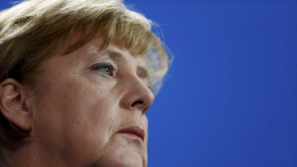 Επικρίσεις κατά Μέρκελ για το προσφυγικό από τη συντηρητική Δεξιά της Βαυαρίας