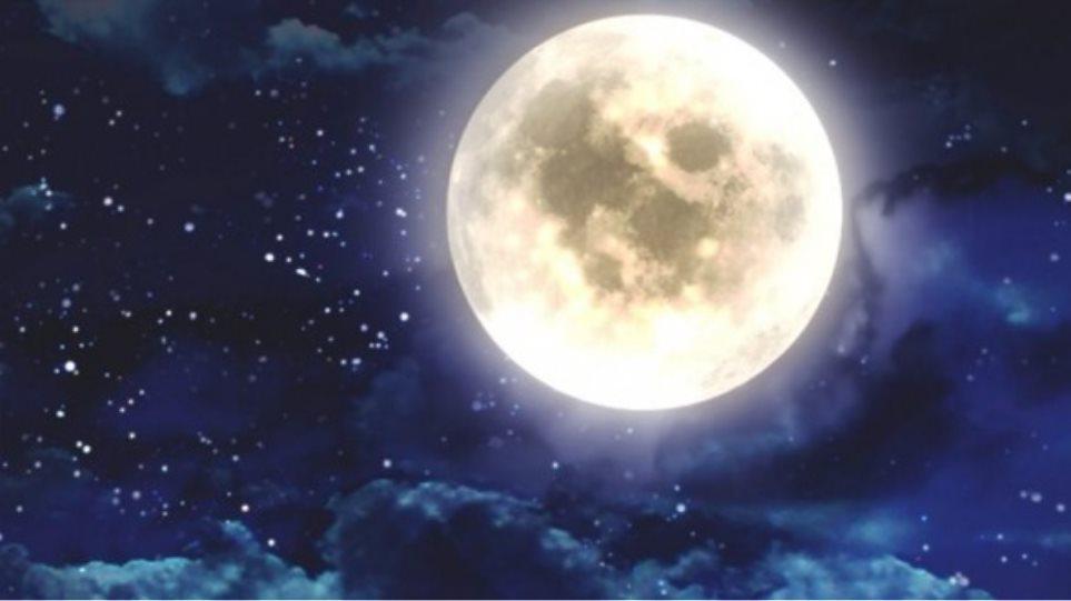 Εντυπωσιακή ολική έκλειψη Σελήνης ορατή από την Ελλάδα