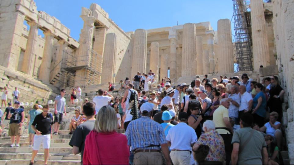 ΤτΕ: Αύξηση 14% στον τουρισμό για το επτάμηνο Ιανουαρίου - Ιουλίου