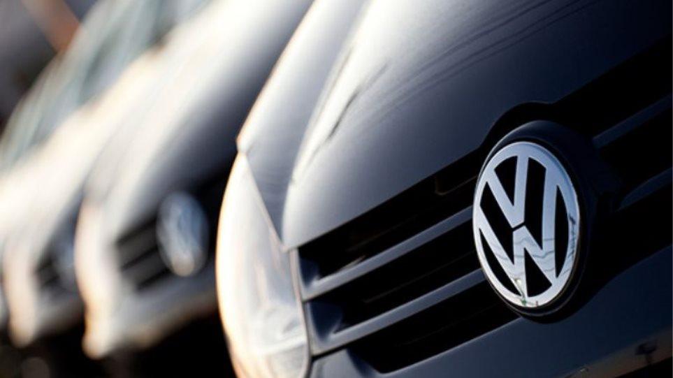 Τα «γυρίζει» το γερμανικό υπ. Μεταφορών: Δεν ξέραμε τίποτα για την Volkswagen