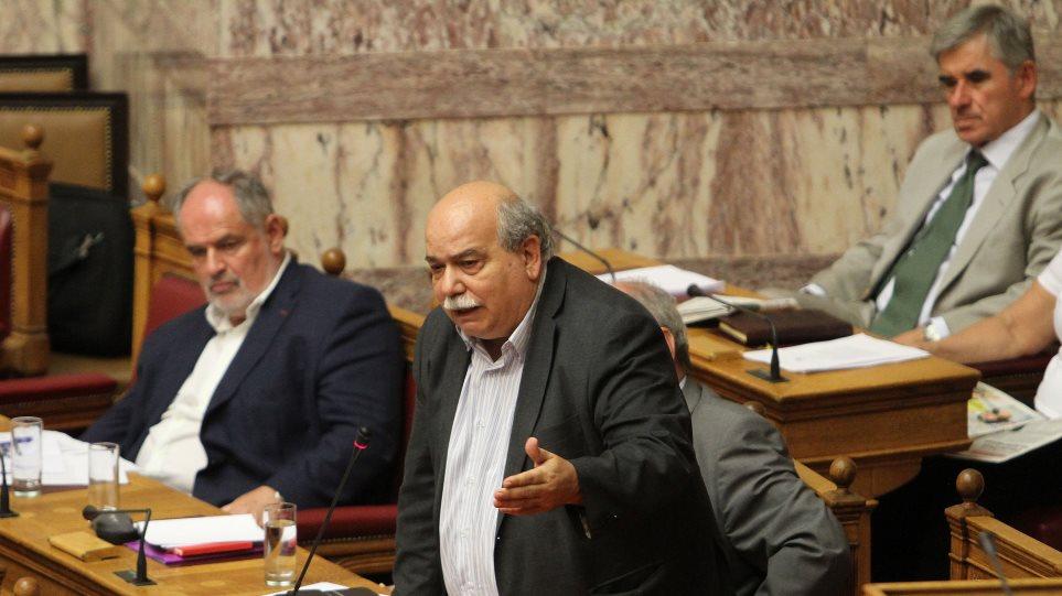 Η προεδρία της Βουλής άργησε οχτώ μήνες για τον Νίκο Βούτση