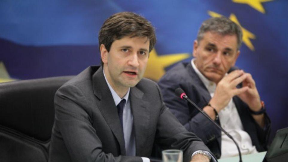 Ποδαρικό στο ΥΠΟΙΚ με «έντιμες» αυξήσεις φόρων εισοδήματος και κατάργηση φοροαπαλλαγών