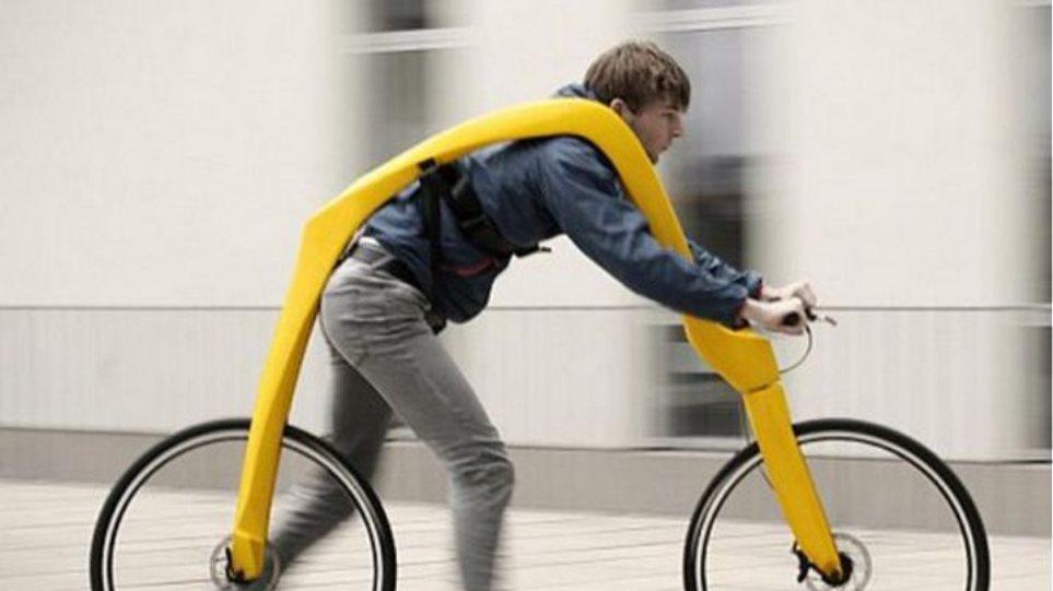 Βίντεο: Δείτε το «ποδήλατο» χωρίς πετάλια και σέλα (και πολλή... πλάκα)