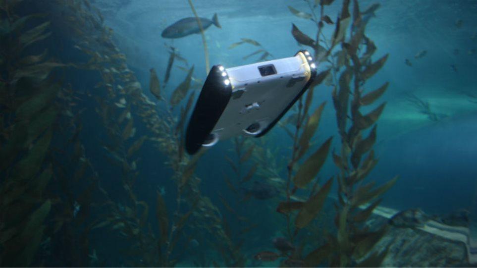 Γίνε Κουστώ με ένα υποβρύχιο drone