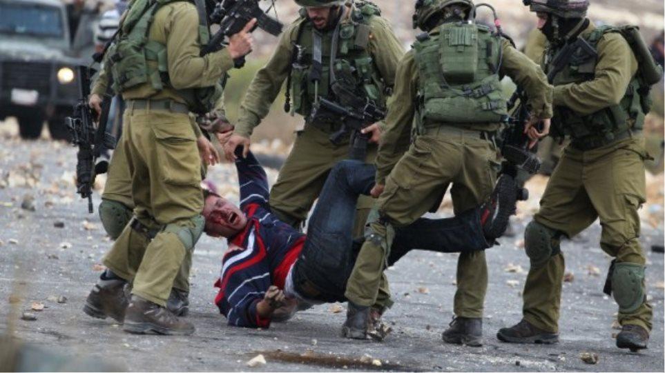 Δυτική Όχθη: Ένοπλοι με τη στήριξη της αστυνομίας τραυμάτισαν τρεις Παλαιστίνιους
