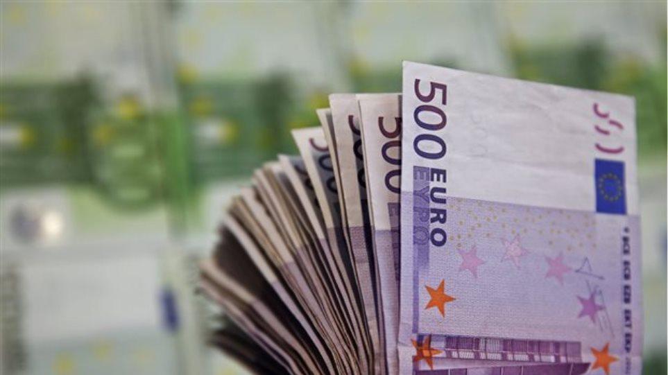 Κρυφό έλλειμμα 8 δισ. ευρώ απειλεί να «γκρεμίσει» τα Ταμεία
