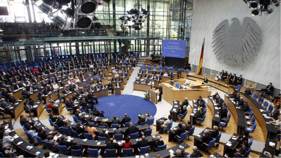Γερμανία: Στο χαμηλότερο ποσοστό από τις εκλογές η Χριστιανική Ένωση