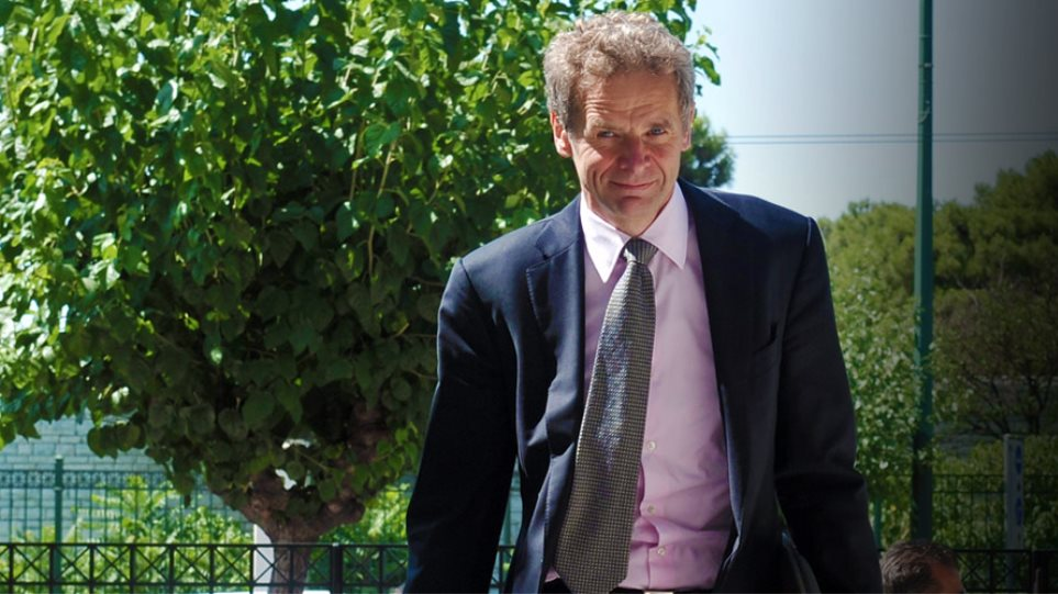 Poul Thomsen: Greece cannot deal with the debt without debt relief