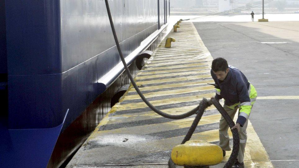 «Αγκάθι» για την ΠΝΟ η μείωση των Ελλήνων ναυτικών στα πληρώματα της ακτοπλοΐας