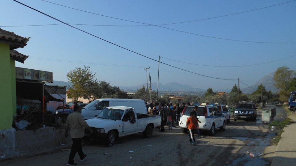 Κόρινθος: Αστυνομική επιχείρηση σε καταυλισμό Ρομά με 25 συλλήψεις