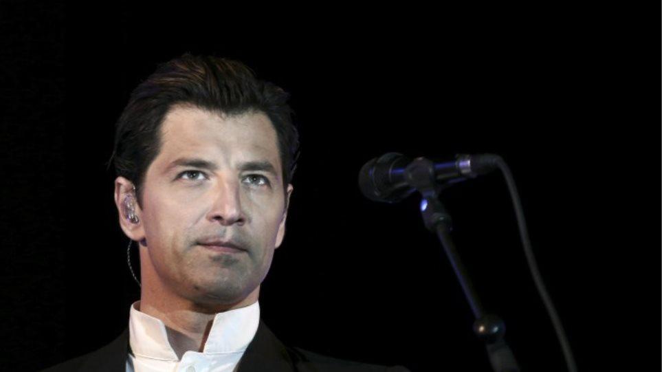 Ο Σάκης Ρουβάς μιλάει για την πιο δύσκολη στιγμή της καριέρας του
