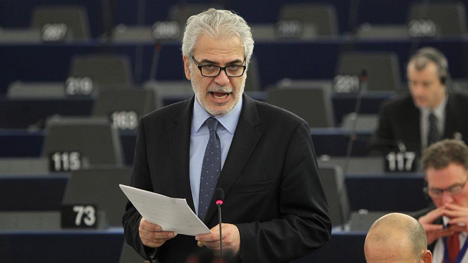 Στυλιανίδης: Ακόμα επτά εκατ. Σύροι μπορεί να εισέλθουν στην Ευρώπη